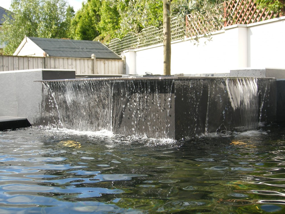 Pond-Features-Cascading-Water-main